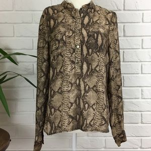 H&M Blouse Size 6 Long-sleeved Button-down Snake